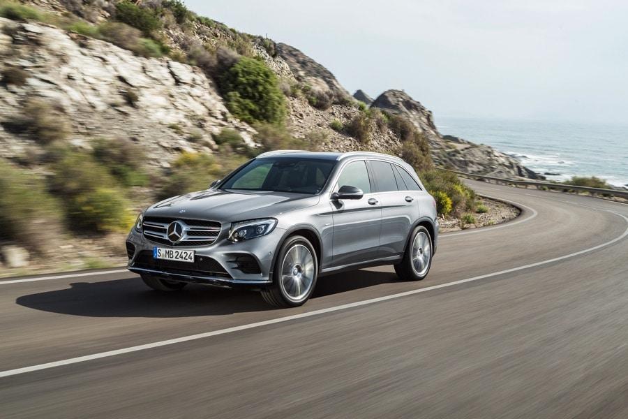 2016 Mercedes-Benz GLC silver mountainside