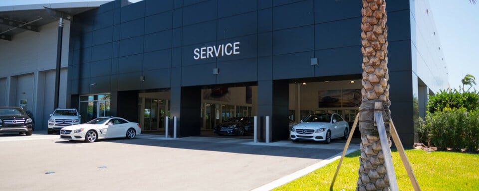 Mercedes-Benz of Pompano service center entrance