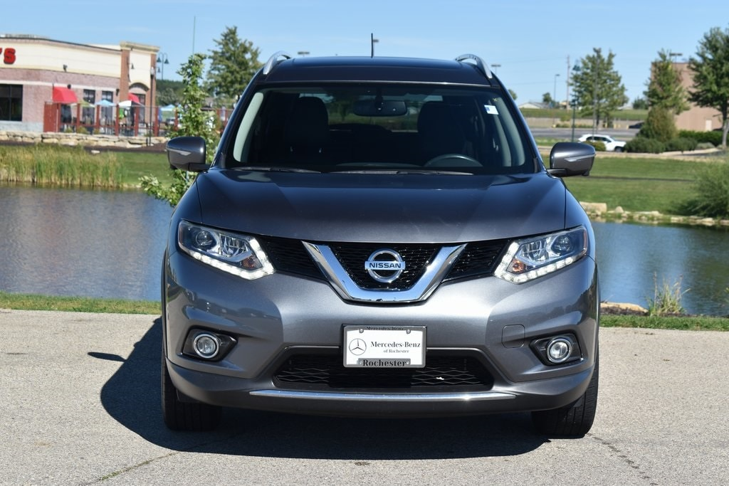 Used 2015 Nissan Rogue S with VIN 5N1AT2MT3FC841051 for sale in Rochester, Minnesota