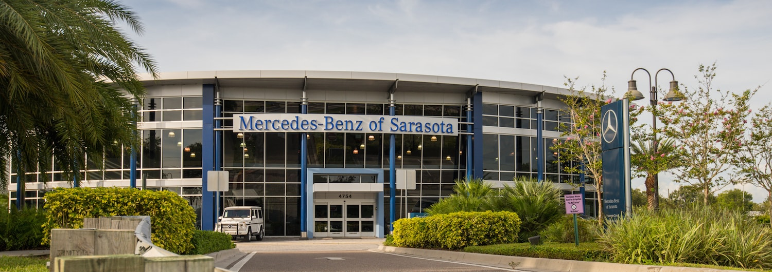 Outside view of Mercedes-Benz of Sarasota