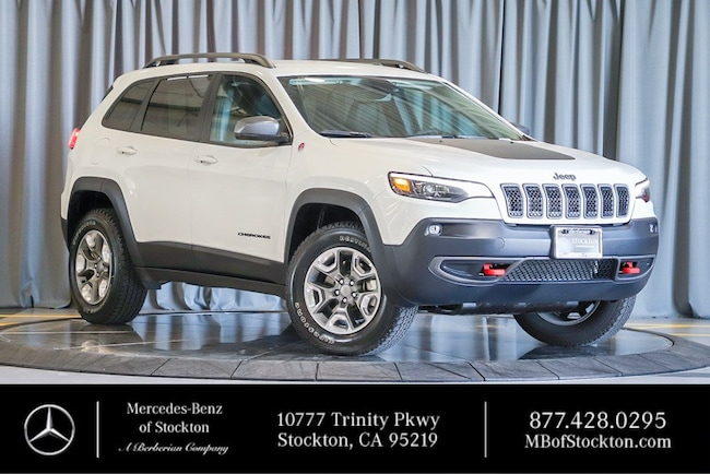 2019 Jeep Cherokee Trailhawk Trailhawk 4x4 Used Car For Sale in Stockton California