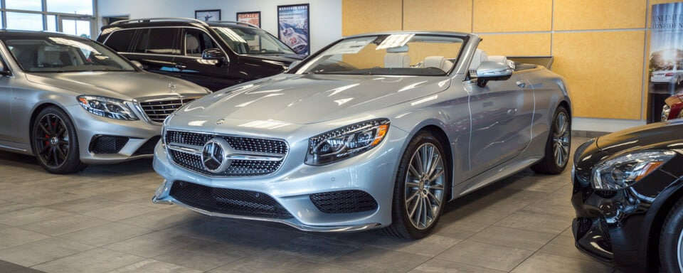Mercedes-Benz of Waco finance center and showroom with new Mercedes-Benz vehicles for sale