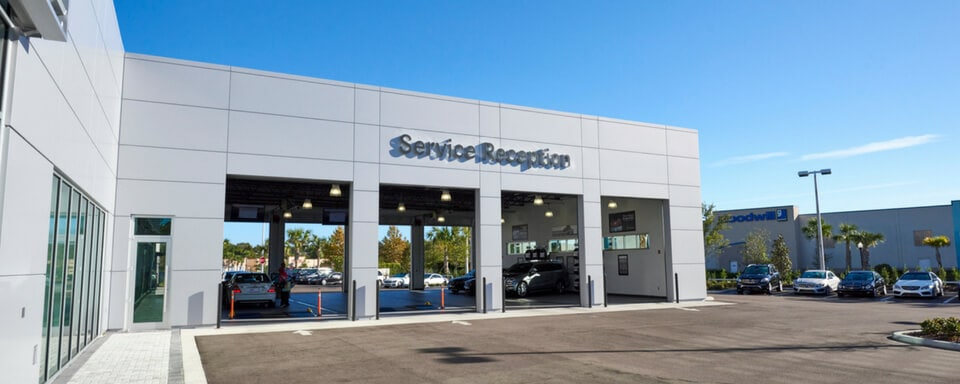 Mercedes-Benz of Wesley Chapel service center entrance