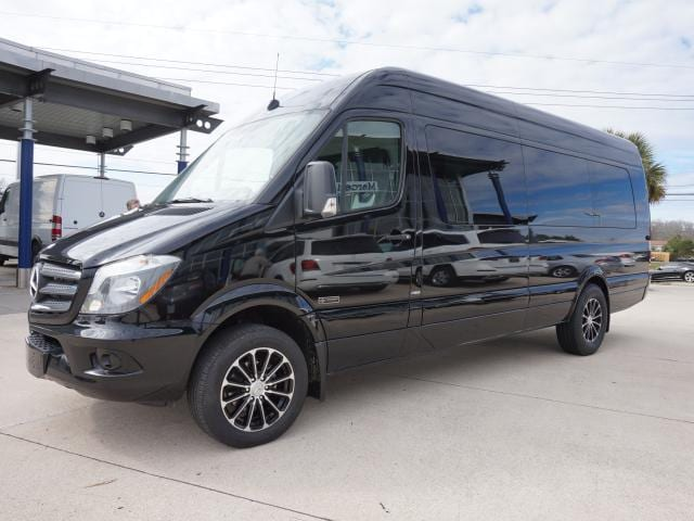 Lounge black mercedes benz sprinter 3500 autos post for Mercedes benz baton rouge service
