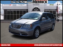 2014 Chrysler Town & Country Wgn Touring Mini-van, Passenger