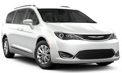 2019 Chrysler Pacifica TOURING L Passenger Van 2C4RC1BG5KR710759