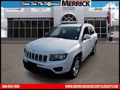 Used 2016 Jeep Compass 4WD  Latitude Sport Utility under $20,000 for Sale in Wantagh, NY