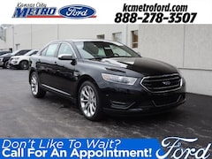 2018 Ford Taurus Limited Sedan 1FAHP2F85JG138865 in Independence, MO