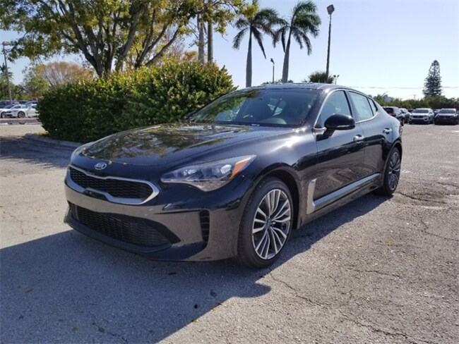 New 2018 Kia Stinger Premium Sedan Delray Beach, FL