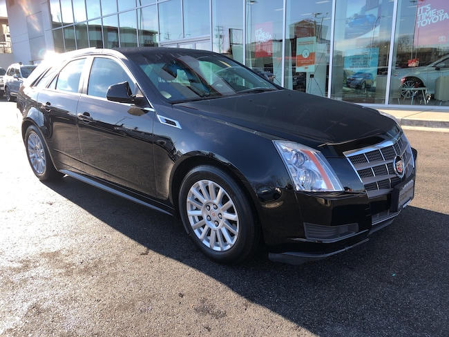 2011 CADILLAC CTS No Accidents Local Victoria Low Kms Wagon