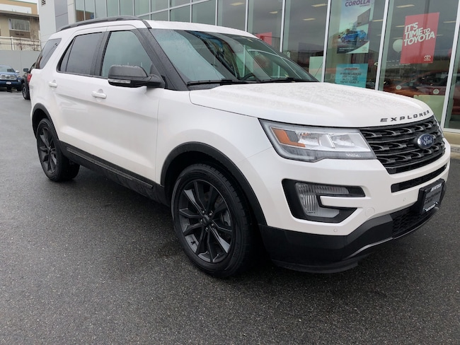2017 Ford Explorer XLT Nav/Moon Roof 4X4 No Accidents... SUV