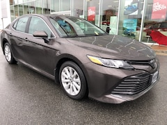 2018 Toyota Camry L No Accidents Local B.C. Sedan
