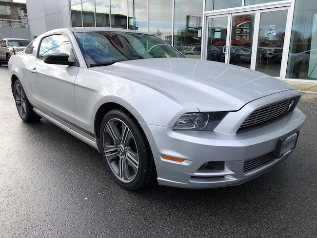 2014 Ford Mustang Very Clean Local B.C. Coupe
