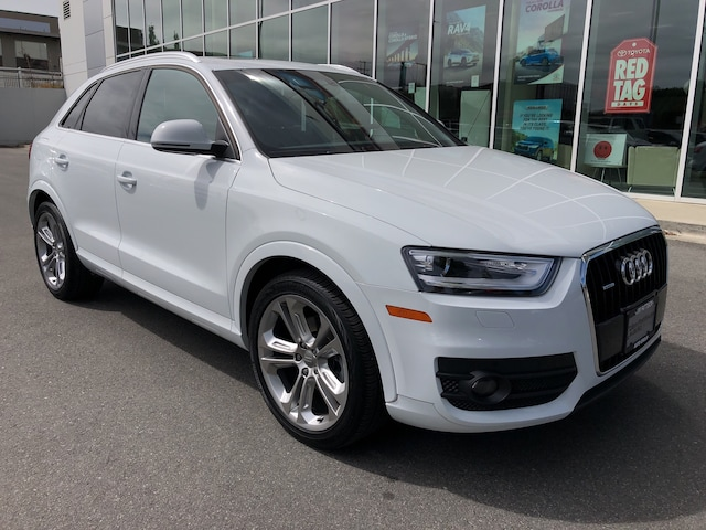 2015 Audi Q3 2.0T Technik Quattro AWD One Owner SUV