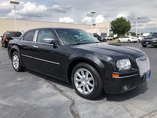 Bargain Used 2007 Chrysler 300 Limited Sedan under $15,000 for Sale in O'Fallon
