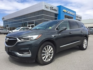 2018 Buick Enclave Essence | Used as a Dealer Demo
