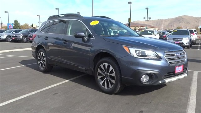 2017 Subaru Outback 2.5i Limited with SUV