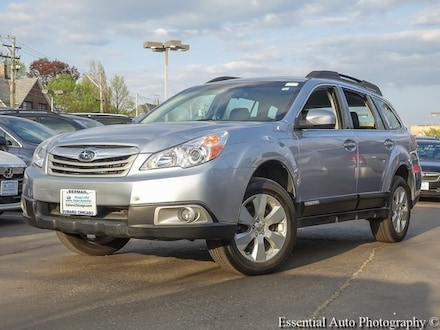 Featured Used 2012 Subaru Outback 2.5i SUV 4S4BRBAC7C3264947 for Sale in Chicago, IL