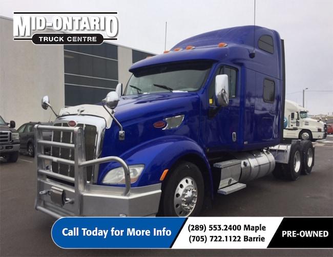 2015 PETERBILT 587 Beautiful Truck!