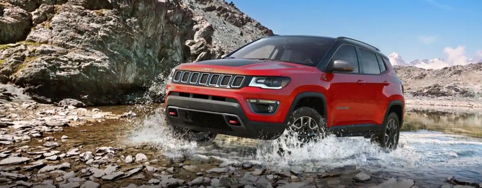 2019 Jeep Compass Trailhawk driving through water