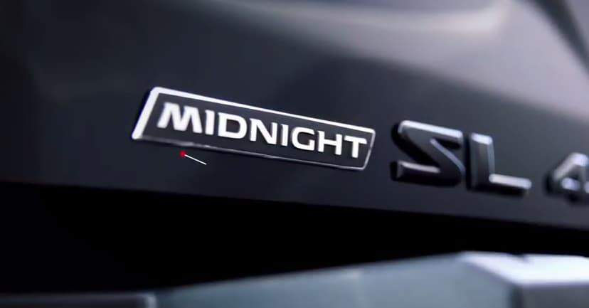 Nissan TITAN Midnight Edition
