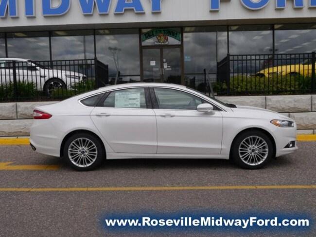 new 2016 Ford Fusion SE Sedan in Roseville MN