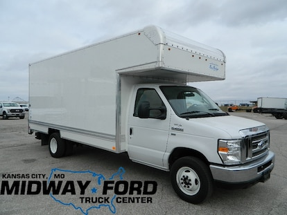 New 2018 Ford E-450 16ft Box Van For Sale at Midway Ford Truck Center    VIN: 1FDWE4F68JDC00337
