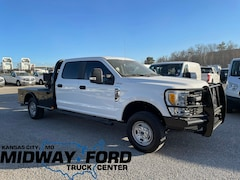 Used 2019 Ford F-250 XL Crew Cab Flatbed in Kansas City, MO