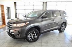 2019 Toyota Highlander LE Plus SUV for sale in Hutchinson, KS at Midwest Superstore