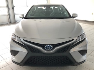 New 2019 Toyota Camry Hybrid Sedan