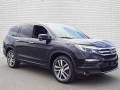 2017 Honda Pilot Touring AWD SUV for sale in Hutchinson, KS at Midwest Superstore