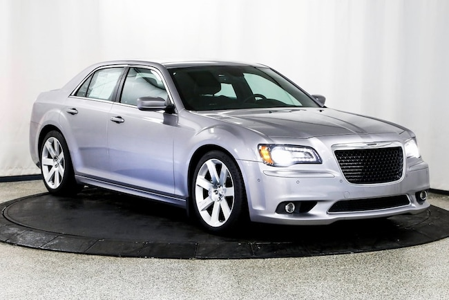 reviews review first chrysler sale its srt original and drive s spied news car alive v for driver photo