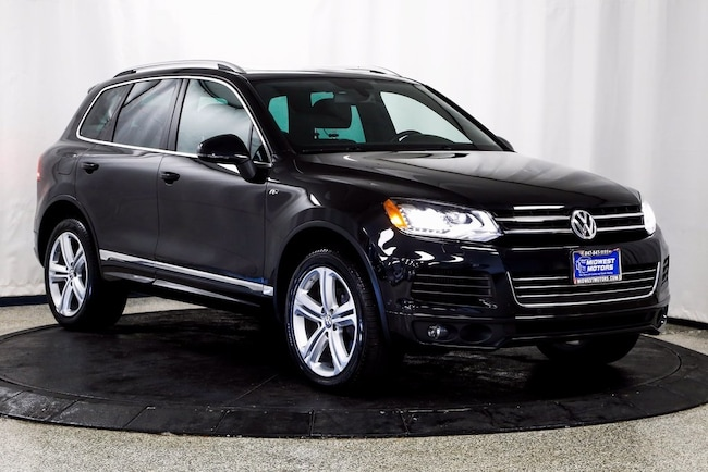 2014 Volkswagen Touareg V6 TDI SUV for sale in Lake Zurich, IL at Midwest Motors