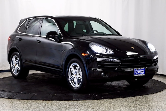2014 Porsche Cayenne Hybrid S SUV for sale in Lake Zurich, IL at Midwest Motors