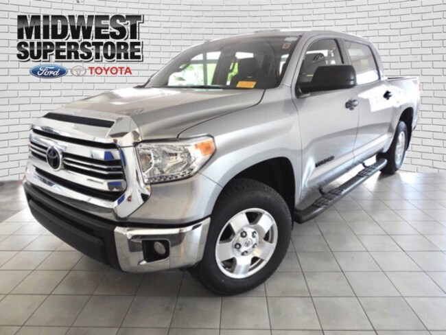 2017 Toyota Tundra SR5 Truck for sale in Hutchinson, KS at Midwest Superstore