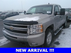 2009 Chevrolet Silverado 1500 LT Truck for sale in Hutchinson, KS at Midwest Superstore