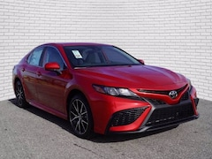 2021 Toyota Camry SE Sedan for sale in Hutchinson, KS at Midwest Superstore