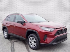 2021 Toyota RAV4 LE SUV for sale in Hutchinson, KS at Midwest Superstore