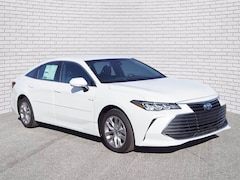 2021 Toyota Avalon Hybrid XLE Sedan for sale in Hutchinson, KS at Midwest Superstore