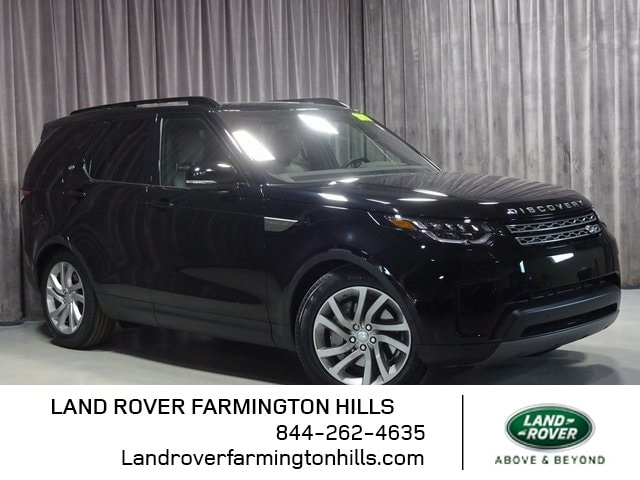 Featured Pre-Owned 2019 Land Rover Discovery SE SUV for sale in Farmington Hills, MI