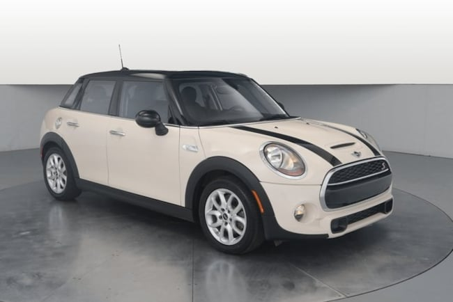 2015 MINI Cooper S Base Hatchback