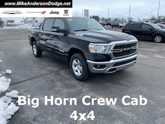 2021 Ram 1500 BIG HORN CREW CAB 4X4 5'7 BOX Crew Cab