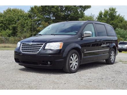 2009 Chrysler Town & Country Touring Touring  Mini-Van