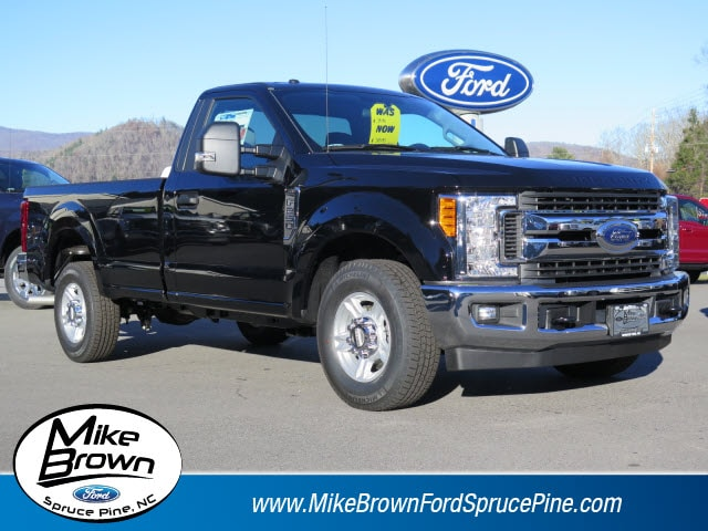 2017 Ford Super Duty F-250 SRW Regular Cab Pickup