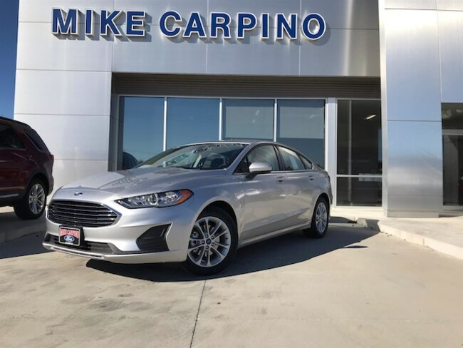 New 2019 Ford Fusion SE Sedan Columbus Kansas