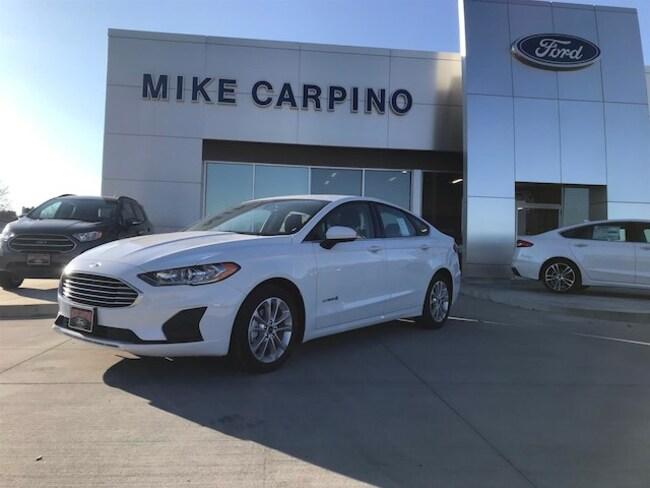 New 2019 Ford Fusion Hybrid SE Sedan Columbus Kansas