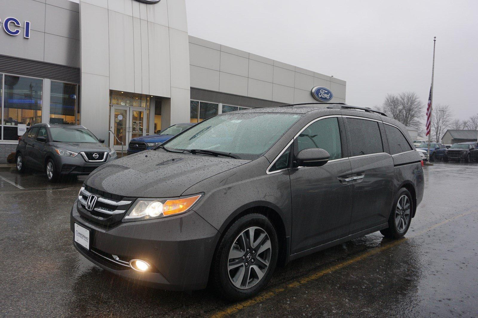 2017 Honda Odyssey Touring Van