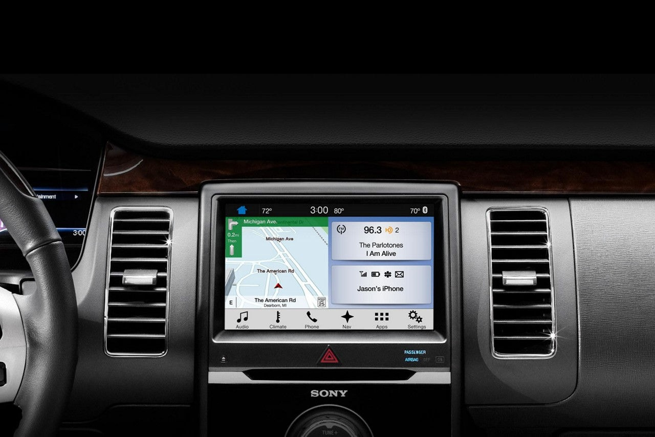 Flex SYNC 3 and SiriusXM Traffic and Travel Link Navigation