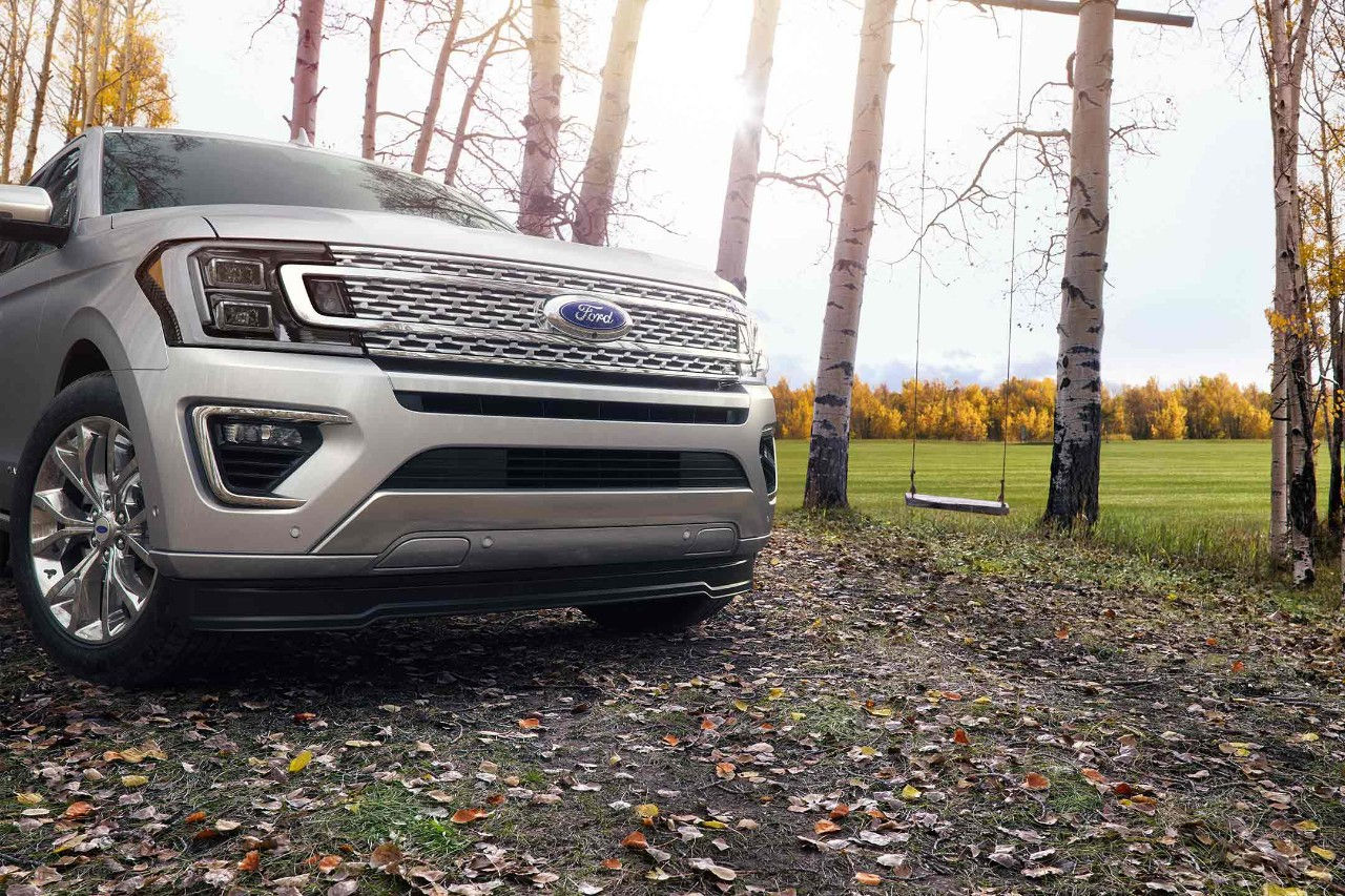 2018 Ford Expedition Sculpted Grille