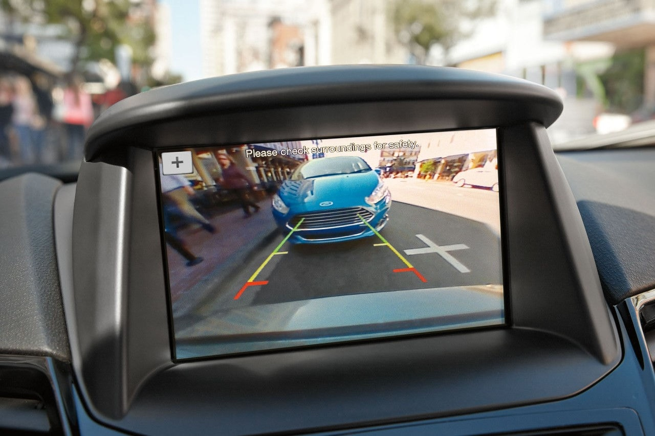 Fiesta Rear View Camera in 6.5-inch display